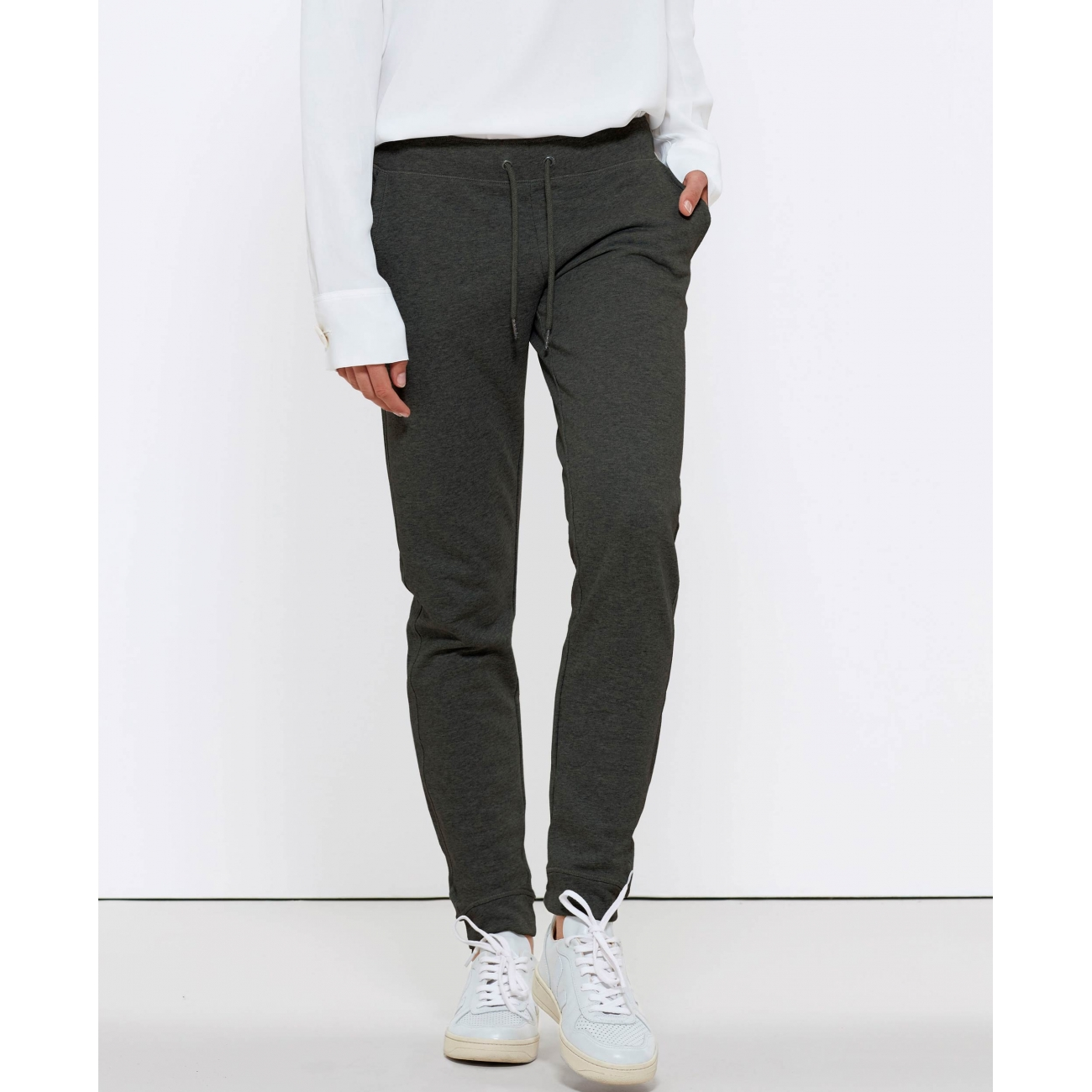 https://tee-shirt-bio.com/5615-thickbox_default/pantalon-de-jogging-en-coton-bio-gris-fonce-chine-pour-femme.jpg