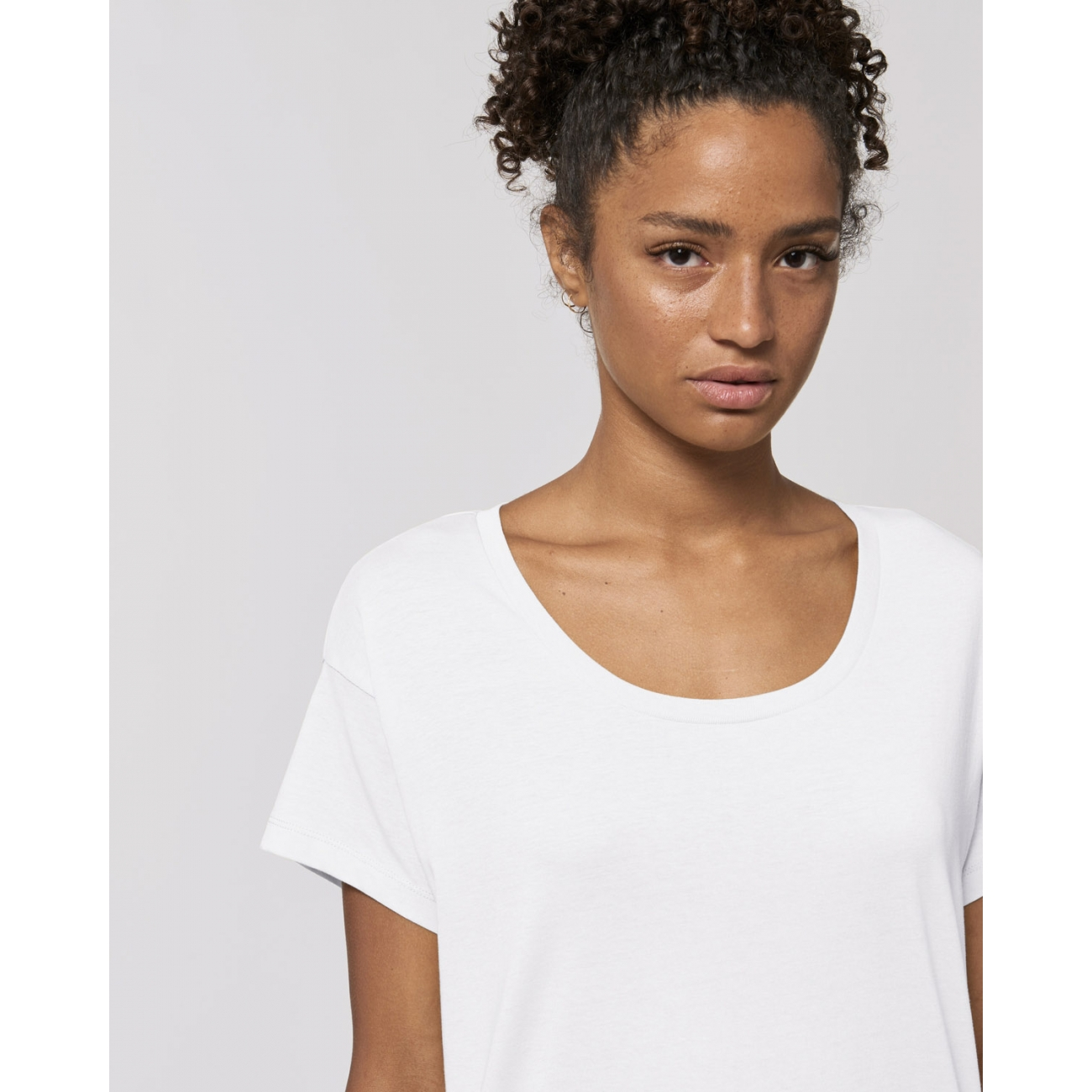 https://tee-shirt-bio.com/8761-thickbox_default/tee-shirt-pour-femme-blanc-a-manches-montees-coton-bio-chiller.jpg