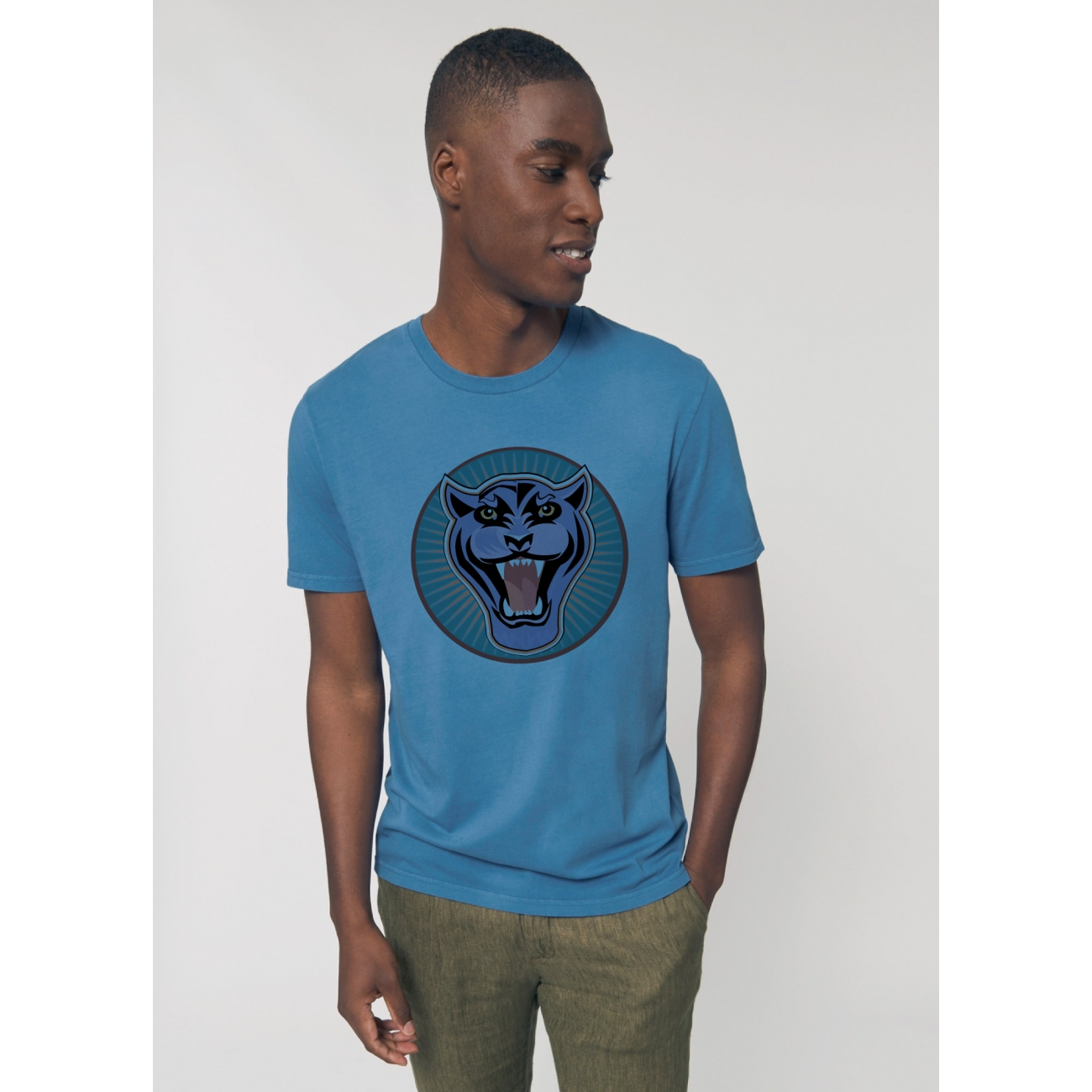 https://tee-shirt-bio.com/8941-thickbox_default/tee-shirt-vieux-bleu-vintage-coton-bio-homme-impression-panthere.jpg
