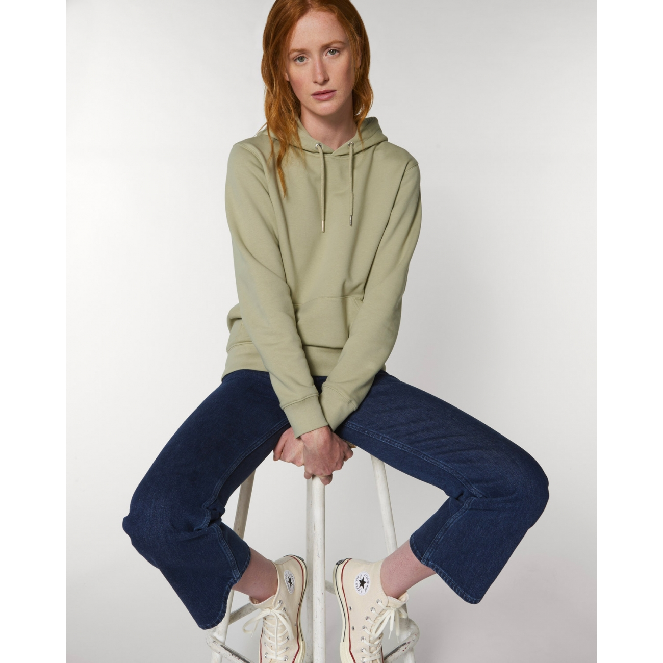 https://tee-shirt-bio.com/9896-thickbox_default/sweat-shirt-femme-capuche-epais-et-interieur-doux-coton-bio-vert-sauge.jpg